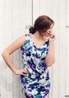 model summer dress